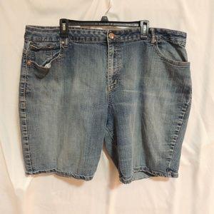 Avenue Women's Plus Size 26 Denim Bermuda Shorts